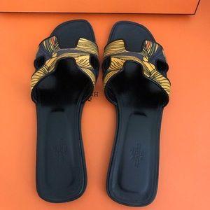 HERMES Oran sandal 39